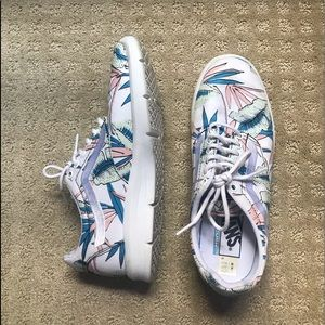 Vans sneakers!!